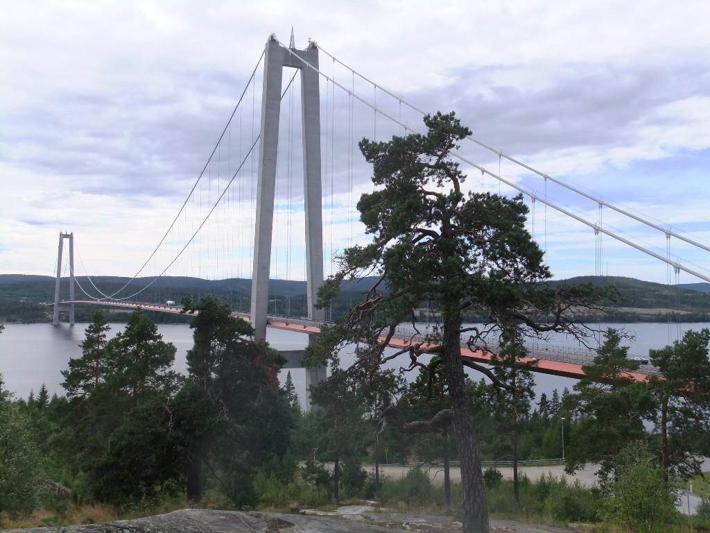 Bästa stoppen längs E4:an genom Norrland Höga Kustenbron