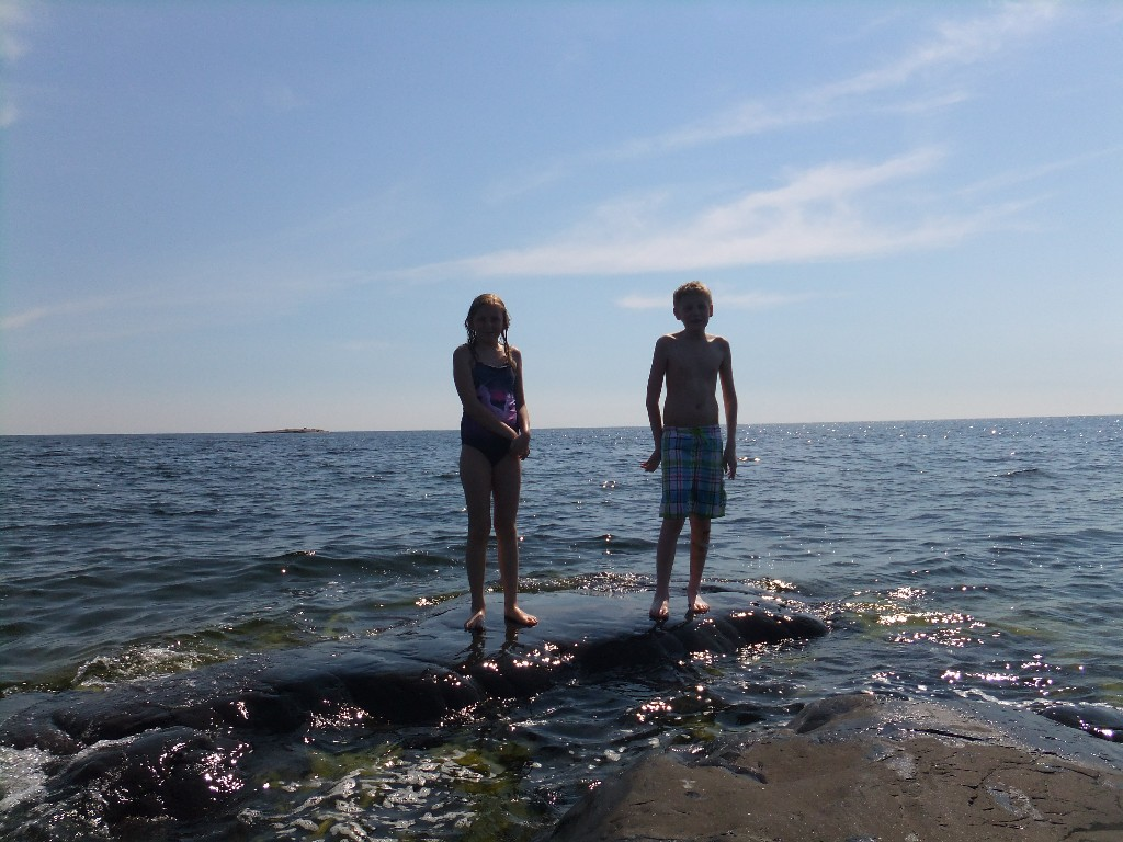 Bad från klipporna på Laxskärsudden
