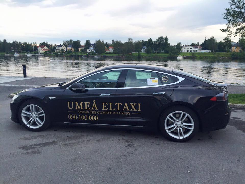 Tesla eltaxi – helt klart vårt nya sätt att ta oss till och från Umeå flygplats