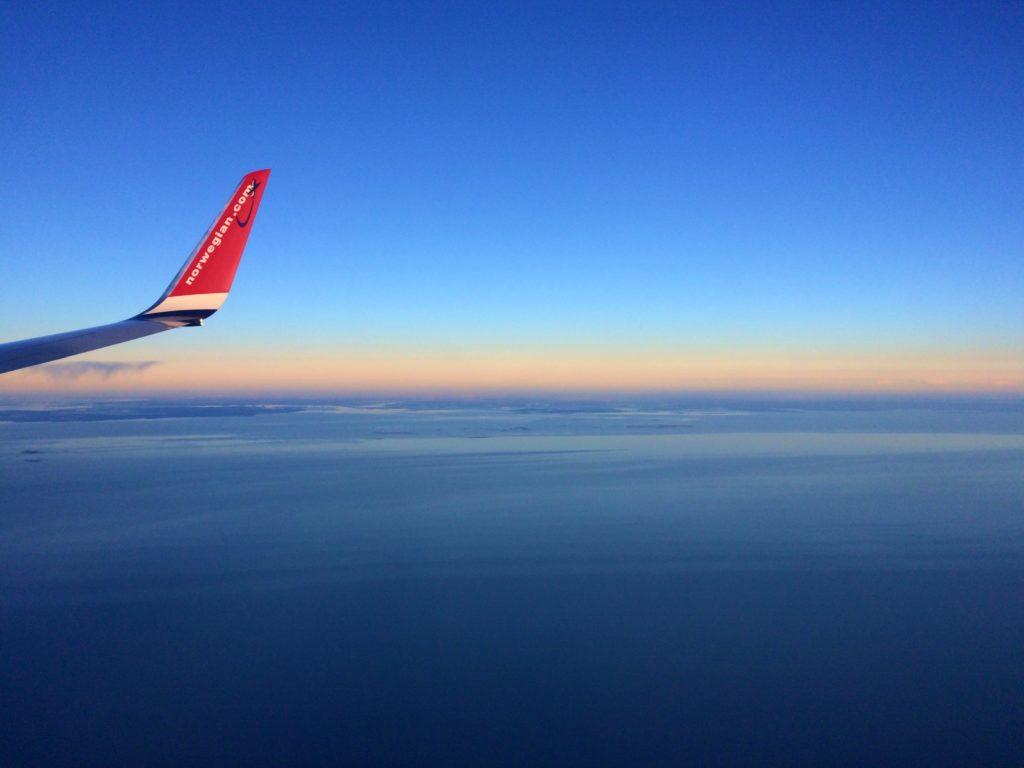 underhålla sig på en långflygning