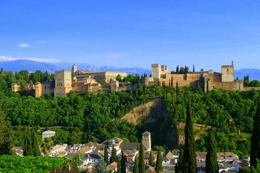 Bästa sommarresorna - Alhambra