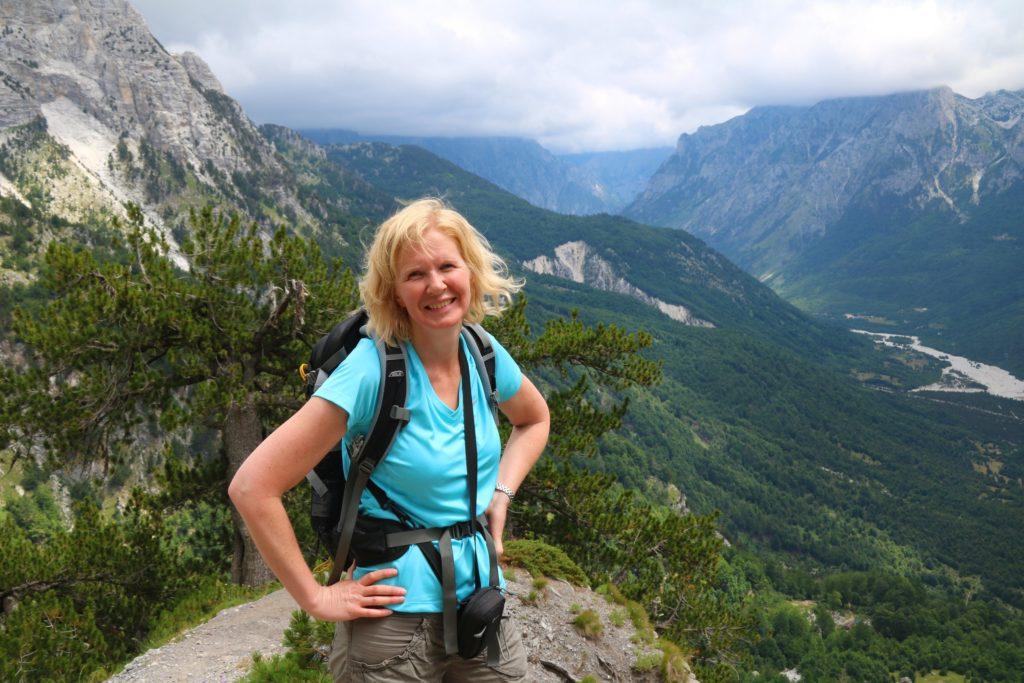 vandring från Valbona till Theth