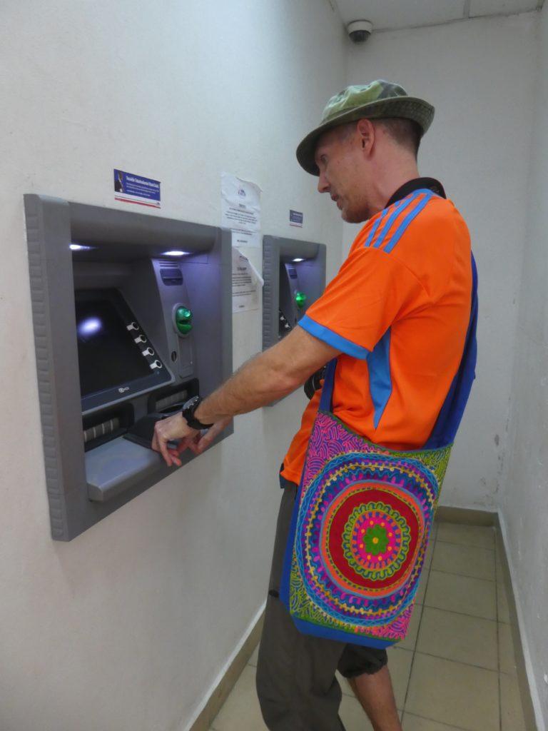 resebloggare bankomat