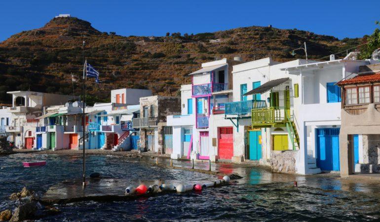 Guide till Milos – ön som svenskarna har missat