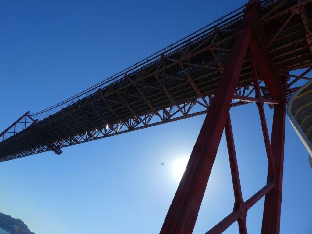 25:e april-bron