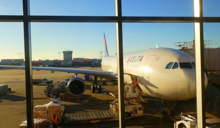 På väg att lämna Atlanta