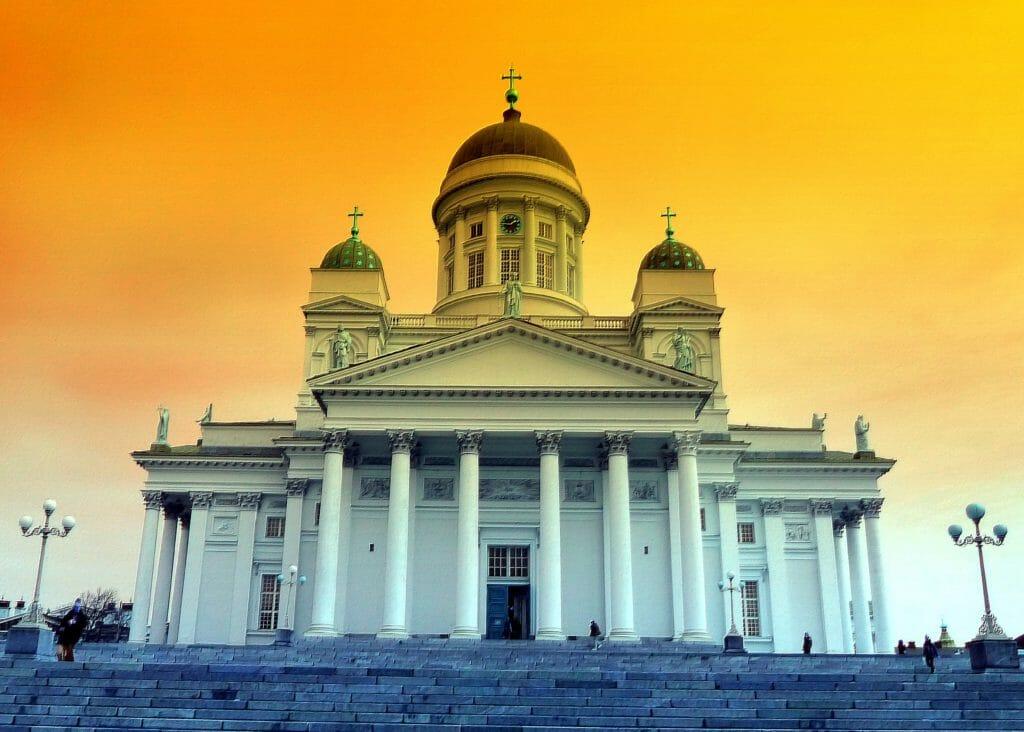 åka tåg från Umeå till St Petersburg