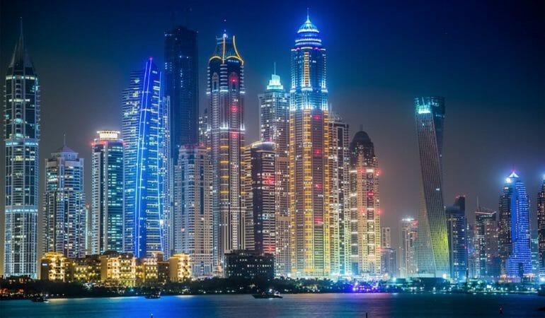 Nu åker vi till Dubai
