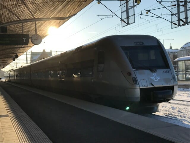 Centralens resebutik i Kalmar - att åka tåg från Umeå