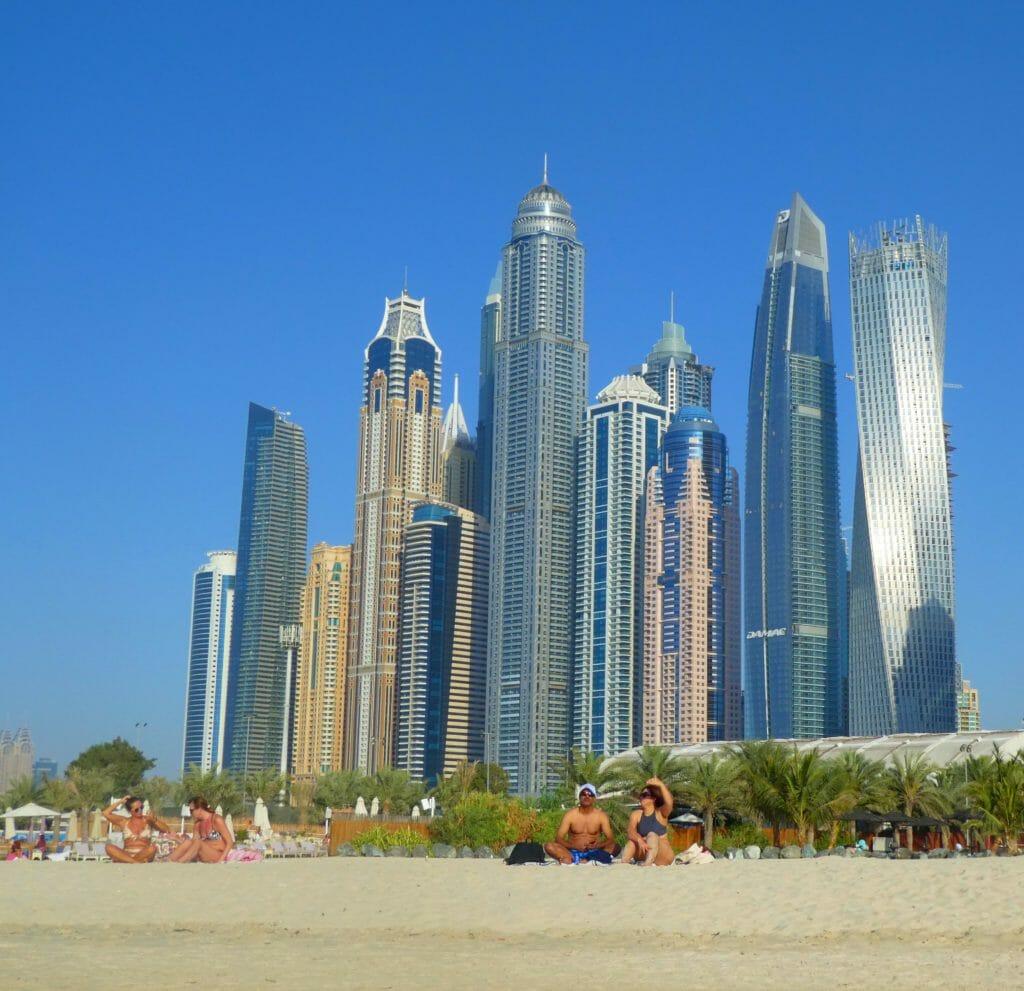 Var ska man bo i Dubai?