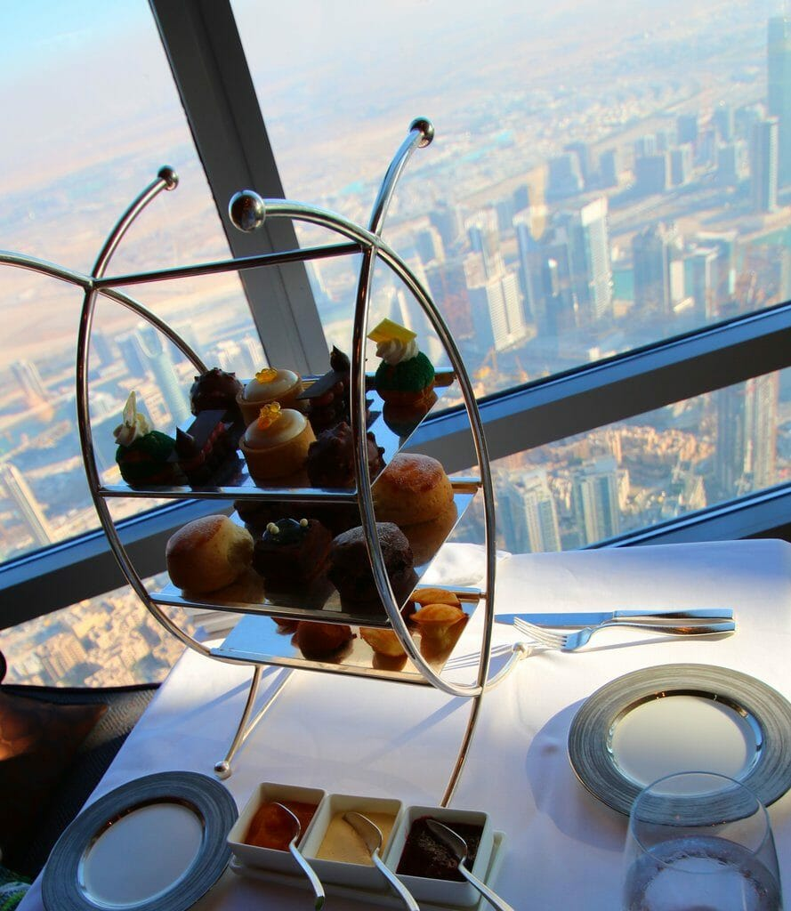 Afternoon Tea i Burj Khalifa Dubai