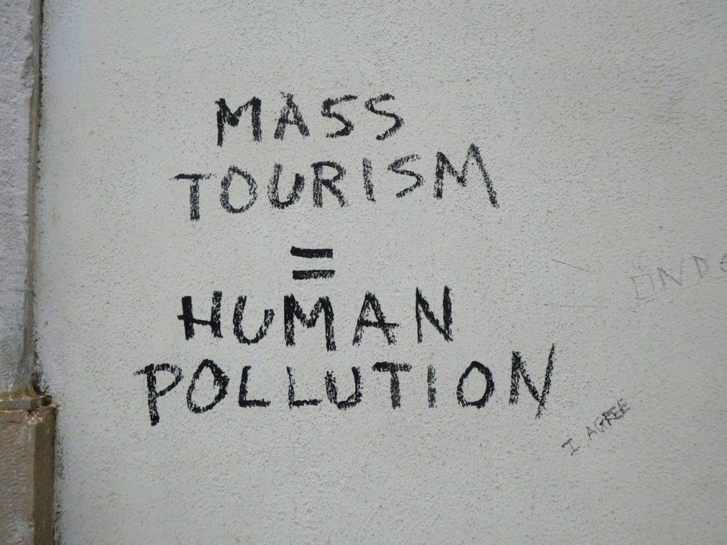 Nu säger de kända turistdestinationerna ifrån - här är istället resmålen som tar emot dig med öppna armar!
