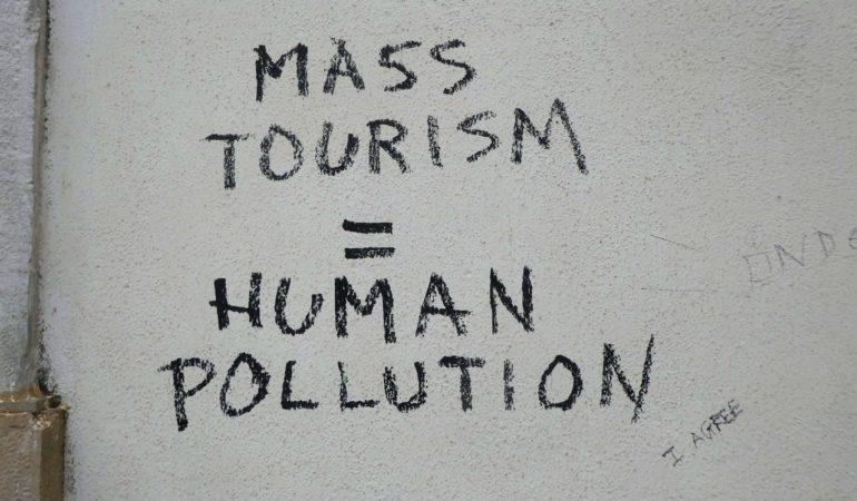 Nu säger de kända turistdestinationerna ifrån – här är istället resmålen som tar emot dig med öppna armar