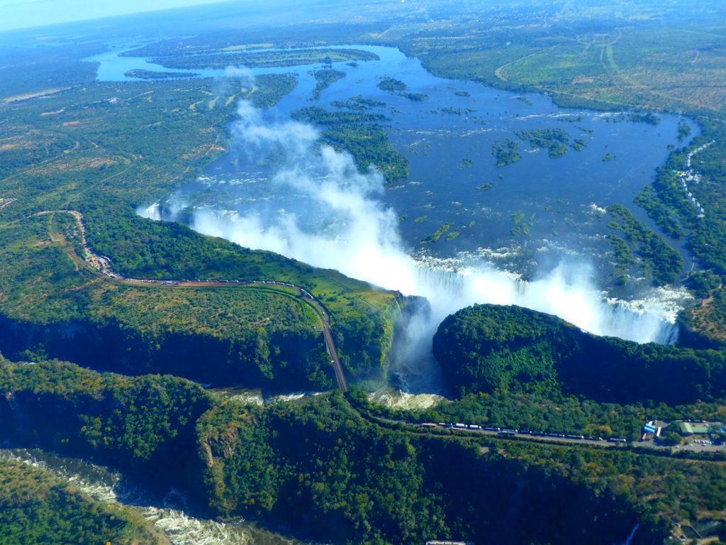 Världens största vattenfall victoriafallen