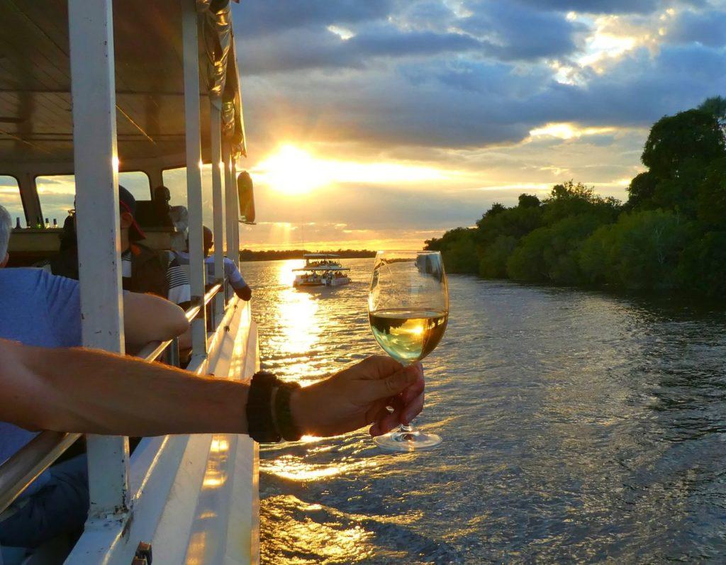 Solnedgångskryssning på Zambezifloden