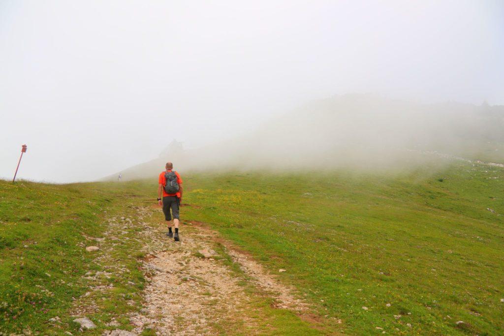 Dimma Velika Planina och vandring i Slovenien