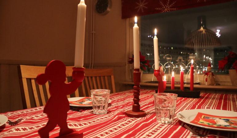 Vår lördag: En tur till Akuten och lilla julafton