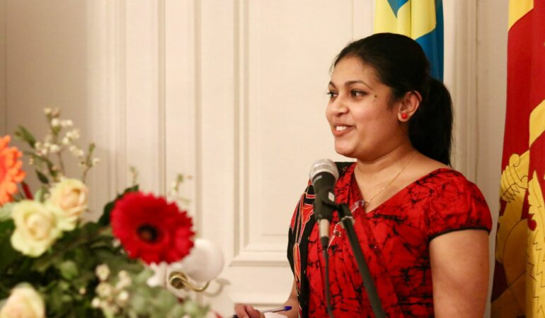 Nere i Stockholm igen – en trevlig kväll på Sri Lankas ambassad
