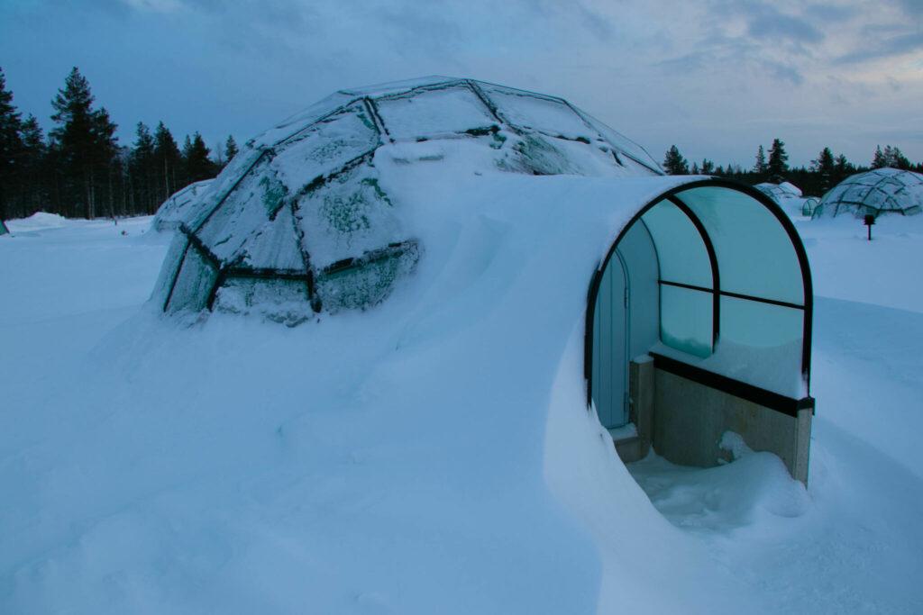 Kakslauttanen Arctic Resort - att bo i en glasigloo i finska Lapland och se norrsken