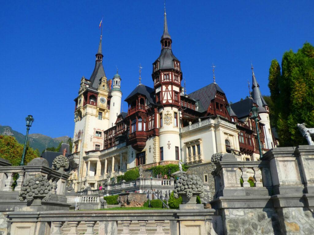 Pele Castle- höjdpunkter i gamla Östeuropa