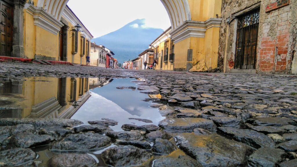 Var ska man resa över påsk? Antigua