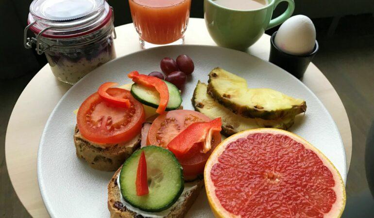 Den hysteriska stockholmsfrukosten och andra berättelser från en tjänsteresa