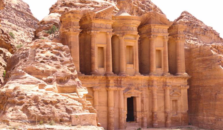 Petra i Jordanien – en komplett guide till ett av världens sju nya underverk