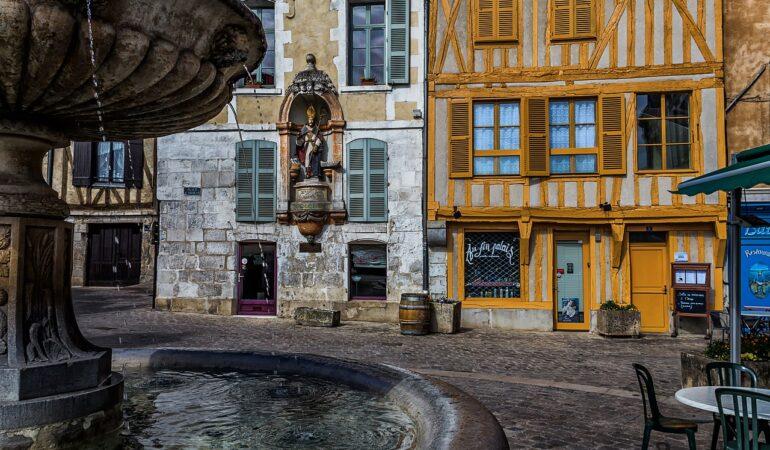 Historien om när jag åkte till franska Bourgogne för att registrera mig på en antal datingsajter och åkte tillbaka igen samma dag för att köpa persilja på Coop