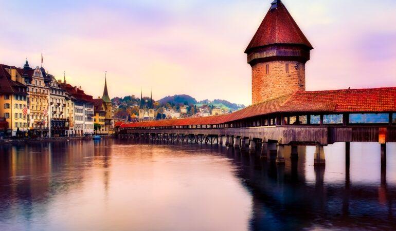Nu åker vi till Schweiz – och så en cliffhanger