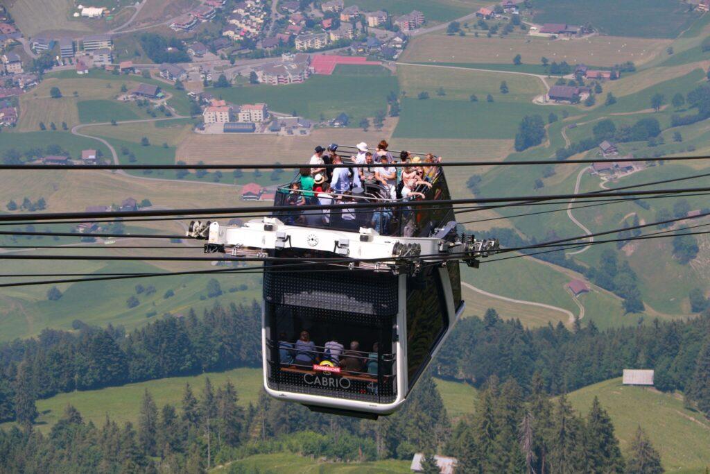 Swiss Travel Pass gäller även på Stanserhorns kabinbana