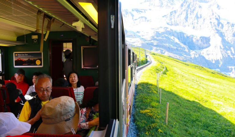 Tåg och vandring i en sjukt vacker kombo: Jungfraujoch – Top of Europe