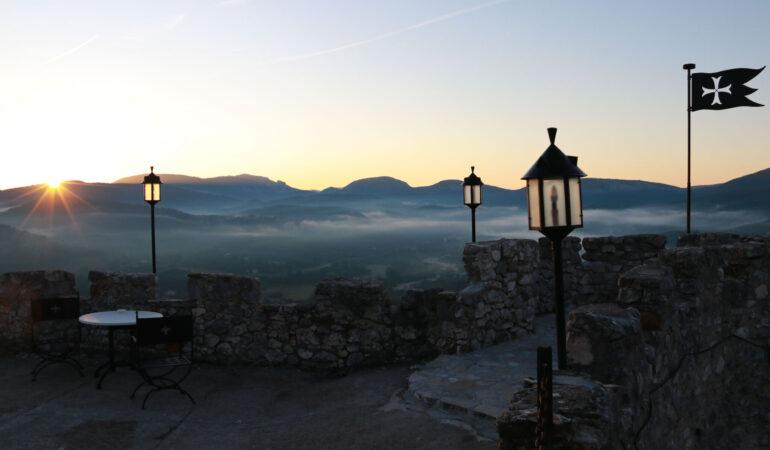 Château de Trigance – att bo på slott i Provence, Frankrike