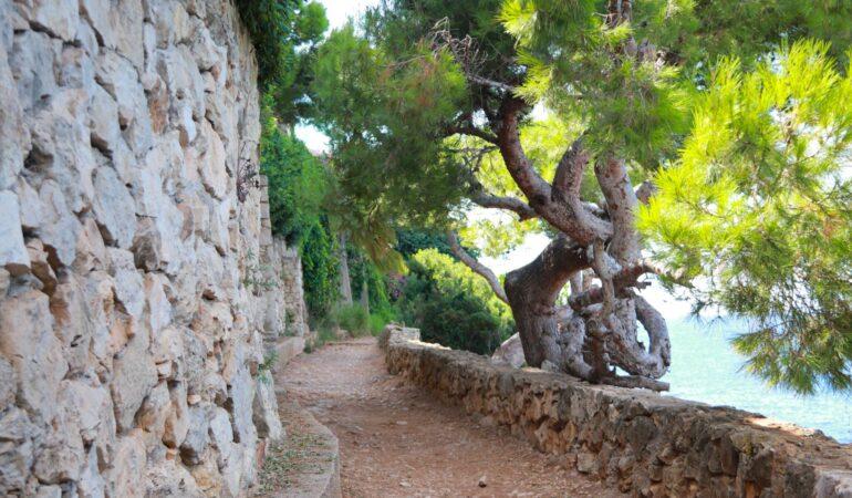 Villefranche-sur-Mer och vandring längs Tour of Cap Ferrat på Franska Rivieran