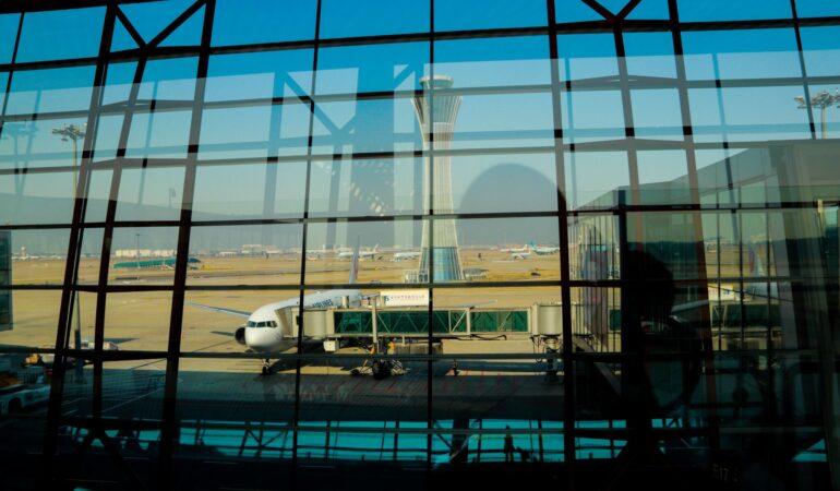 21 saker rutinerade resenärer alltid gör på flygresan – Gör du också dessa?