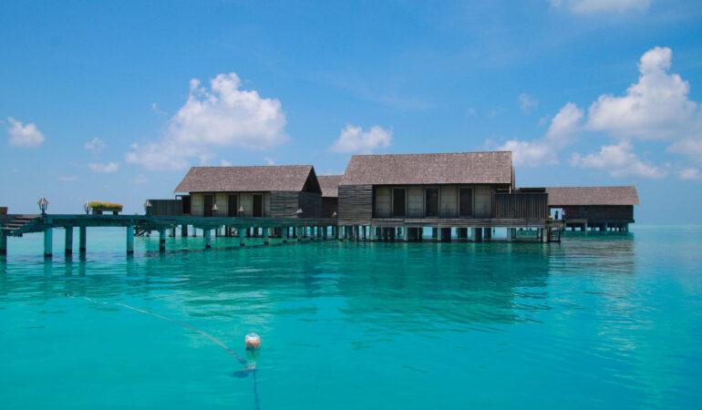 Gangehi Island Resort & Spa – att besöka en lyxresort på Maldiverna över dagen