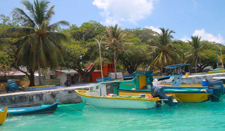 Boka resort eller lokal ö på Maldiverna – vilken är skillnaden?