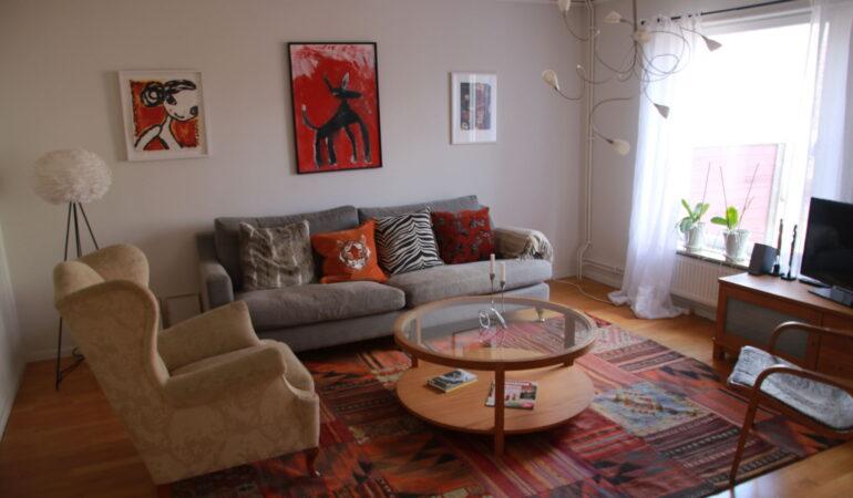 Välkommen hem till oss – idag visar vi hur vi bor i vårt radhus