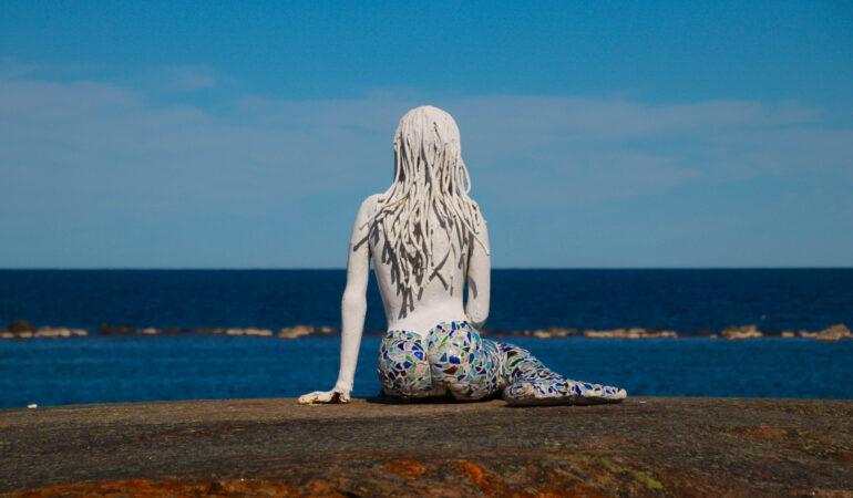 Bjuröklubb – vandring, labyrinter och en alldeles riktig sjöjungfru