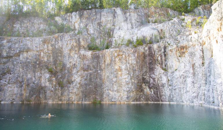 Gruvan i Edsele – konsten att inte ge upp, hitta det ohittade och vår dag längs Ångermanälven