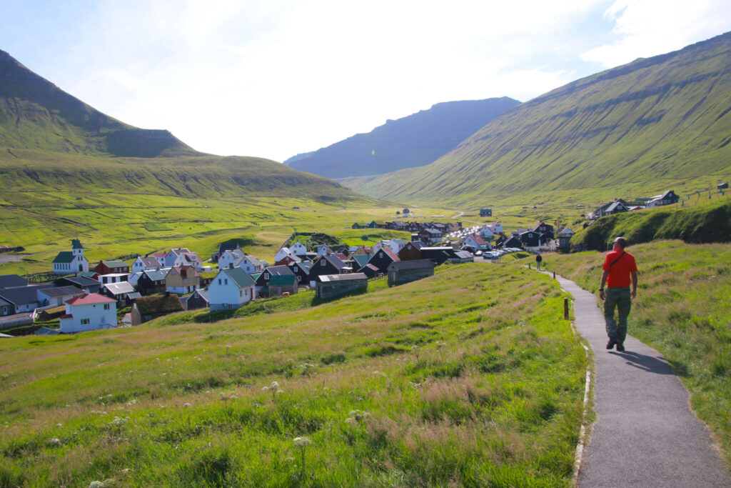 Vad ska man packa för Färöarna? - Det kan bli soligt och varmt
